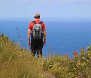 hiking-by-ocean