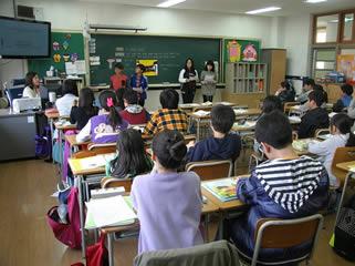 children-in-school-classroom